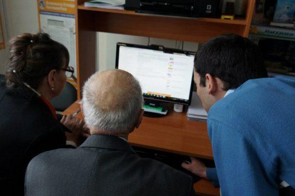 «Школа компьютерной грамотности» для пенсионеров